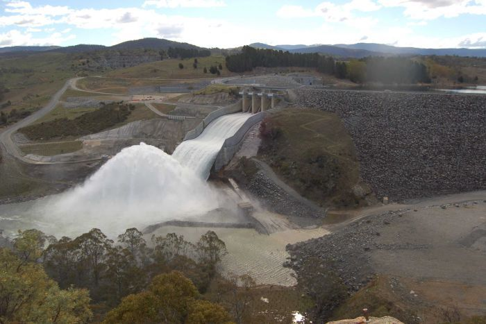 Water gushing from Jindabyne Dam. Photo: NSW Water.