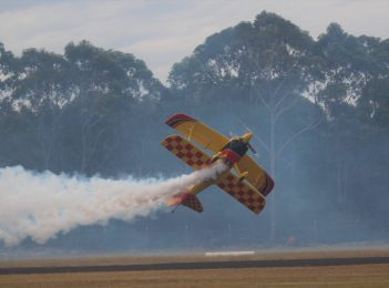 Skydiving Championships take to Moruya's big blue skies