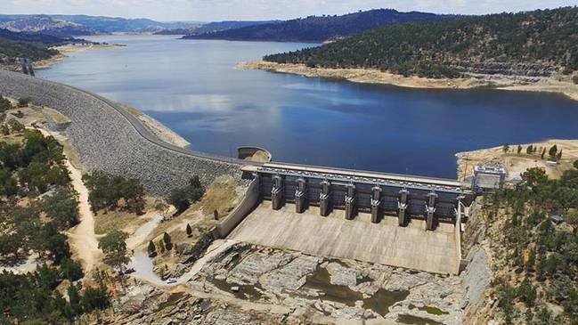 Aerial view of Wyngala Dam.